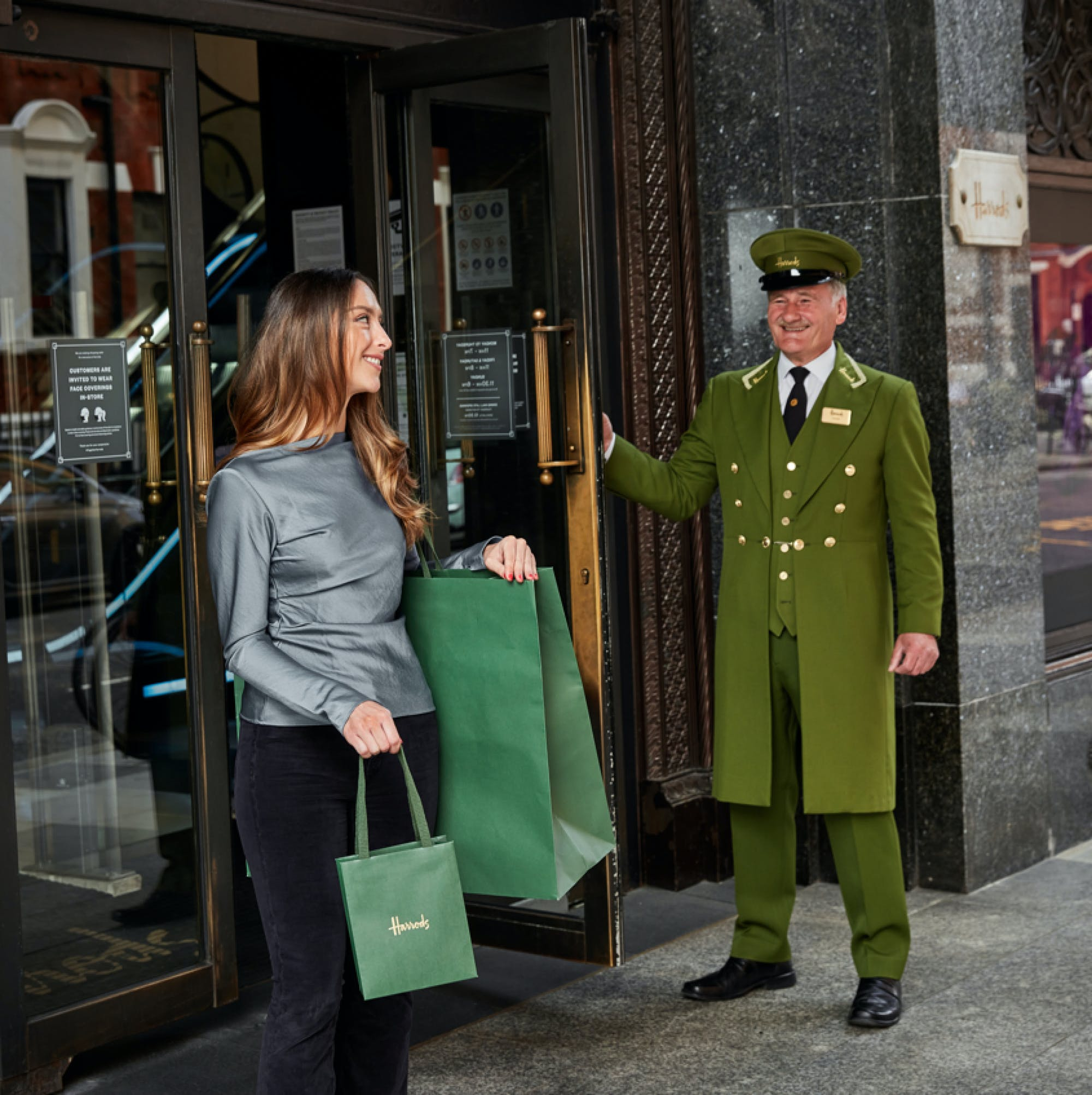 Sustainability Harrods' iconic green plasticbag gets a sustainable makeover