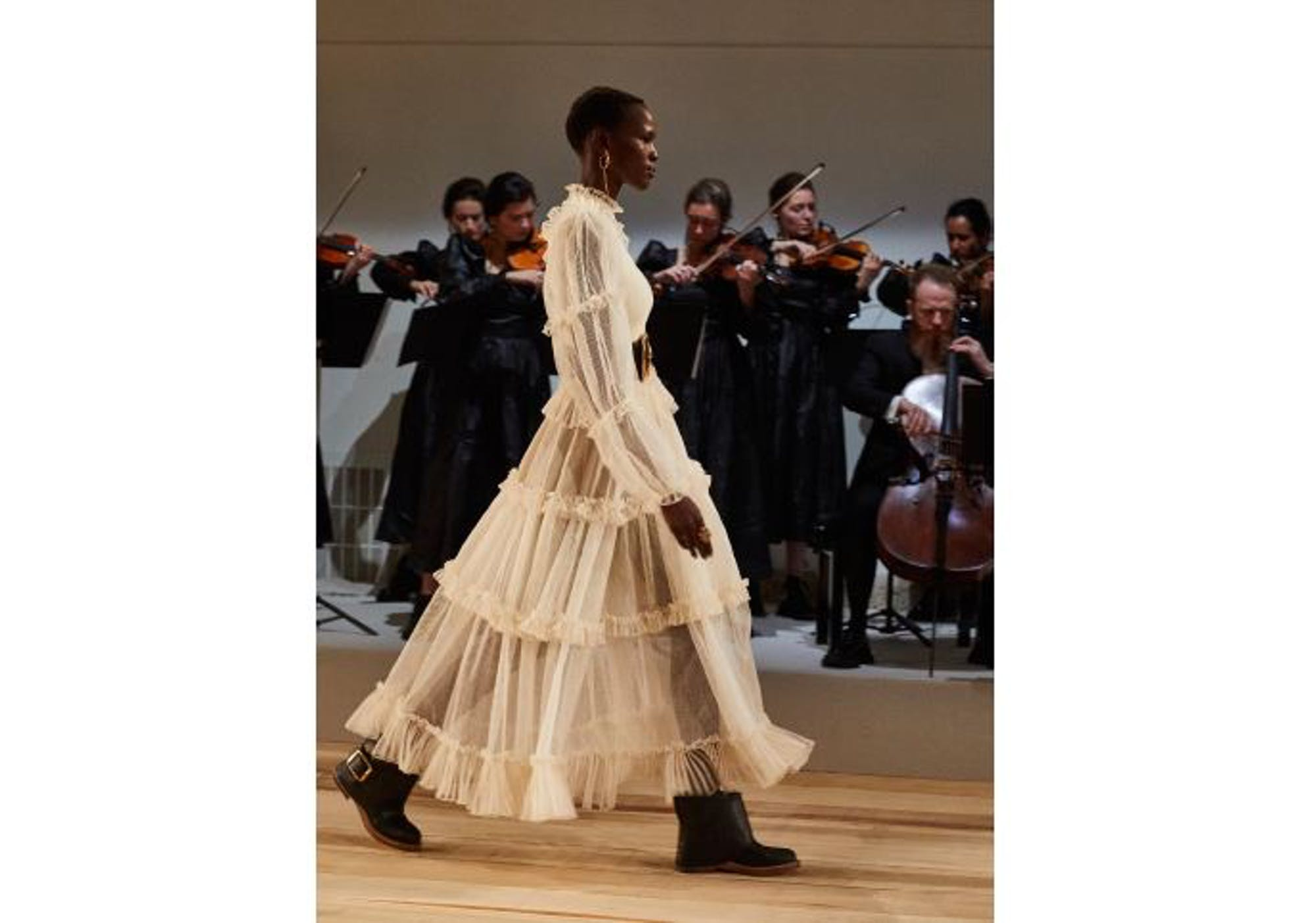 Alexander McQueen  Music from the catwalk to your home